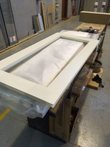 humidificador para puros puerta lacada